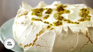 Professional Baker Teaches You How To Make PAVLOVA!