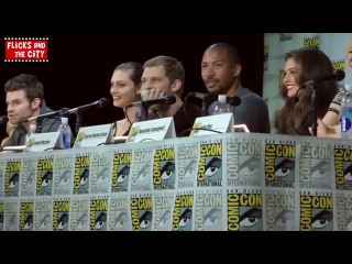 The Originals Cast & Fans Sing Happy Birthday To Paul Wesley at Comic Con