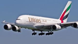 Самый большой в мире: посадка и взлёт Airbus A380 в Домодедово,