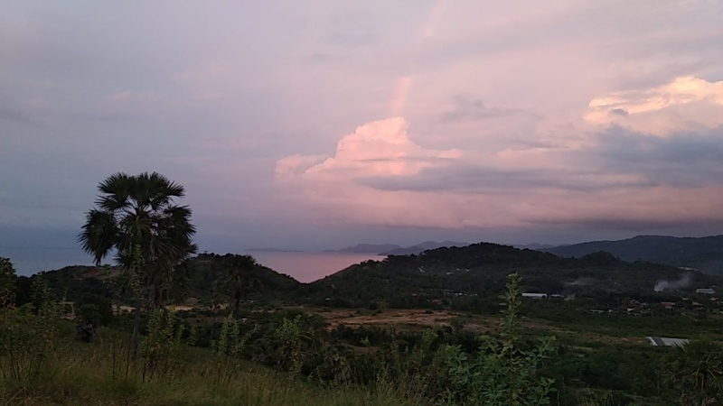 Затерянный рай Ламбуан Баджо вид с холма
