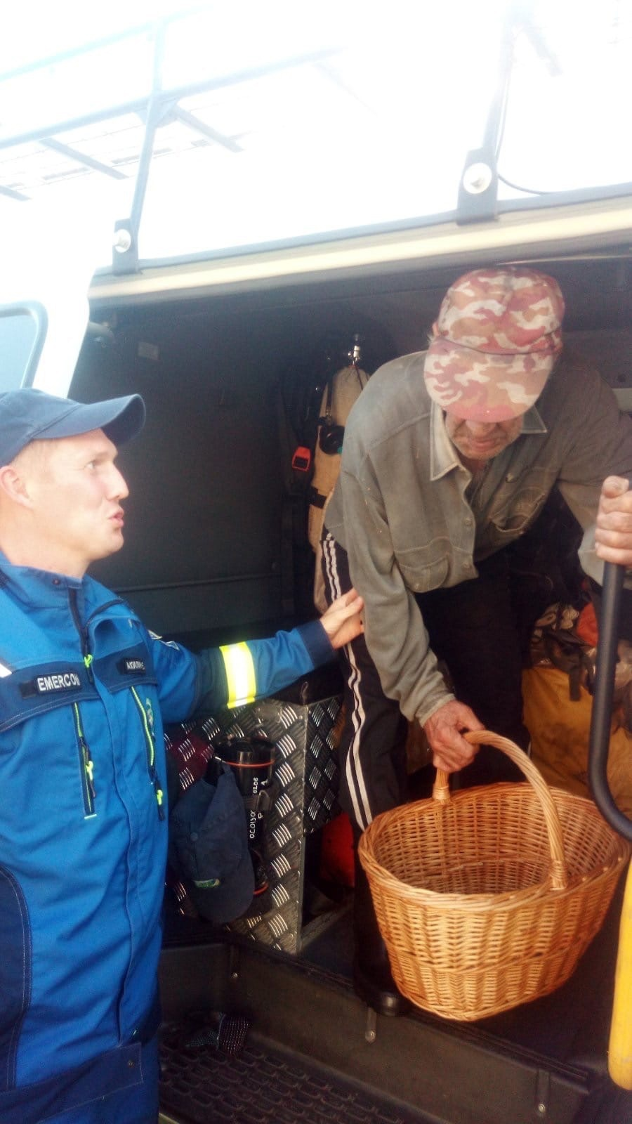 В Удмуртии спасли 70-летнего грибника, заблудившегося в