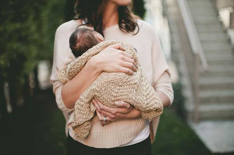Быть матерью...